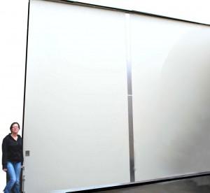 Large modular sliding doors lighweight high strength assemble on site high precision